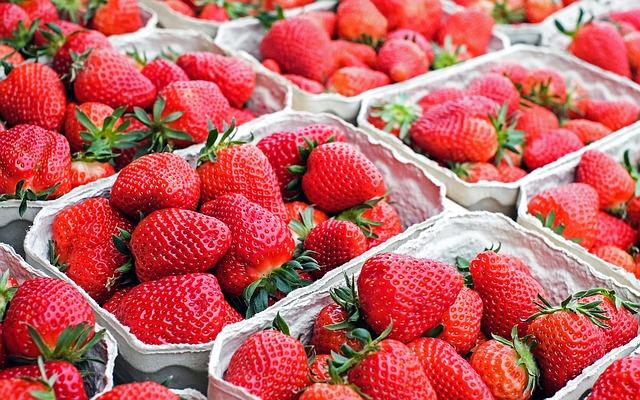 Erdbeeren-Pixabay-LizenzfreiYlXIPdroKiJOi