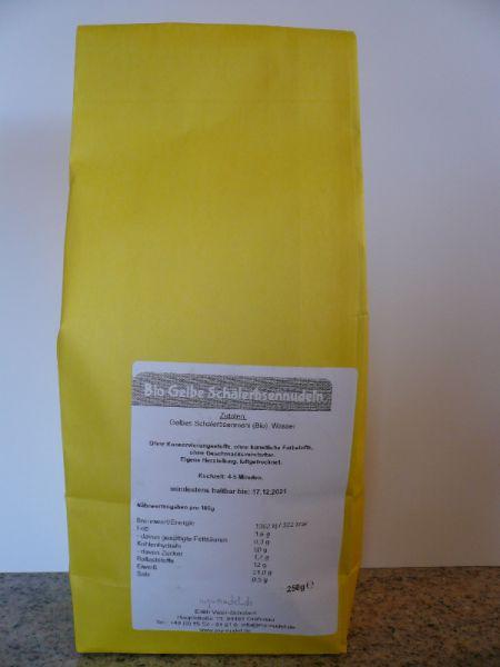 Gelbe Schälerbsennudeln; Tagliatelle