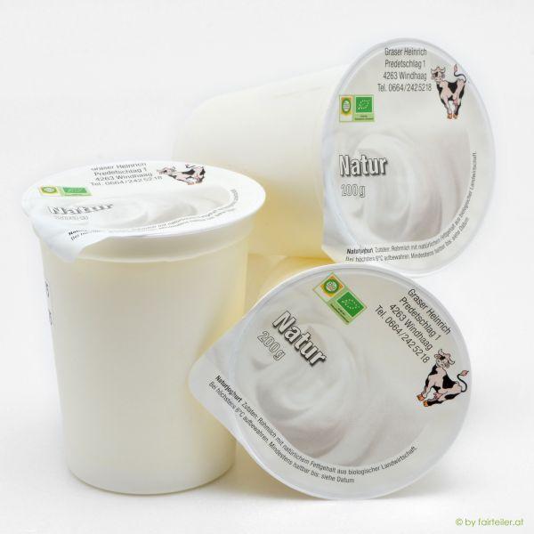 Naturjoghurt gerührt